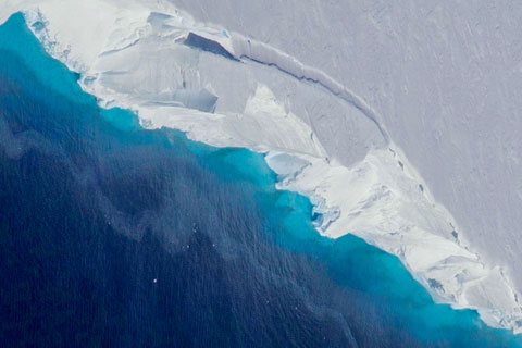 A recent study shows the Thwaites Glacier is melting at a faster rate than expected. Photo: NASA/OIB/Jeremy Harbeck