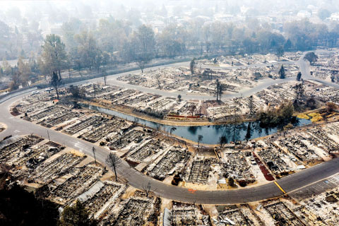 An aerial photo showing homes leveled by the Almeda Fire line at Bear Lake Estates in Phoenix, Oregon, on Sept. 15. Photo: Associated Press
