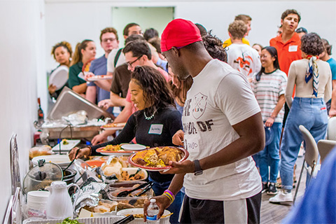University of Miami students enjoyed a warm meal at the third annual Multifaith Thanksgiving Dinner in the Shalala Student Center Ballroom on Wednesday, Nov. 13. Photo: Jenny Hudak/University of Miami
